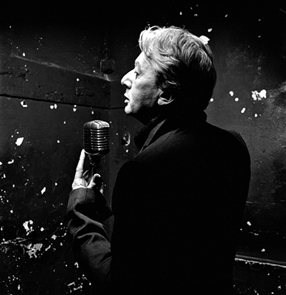 Alain Bashung Alain-bashung-noir-et-blanc